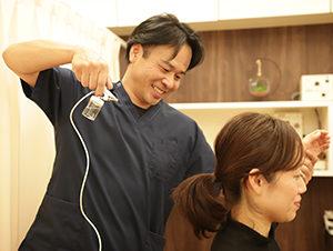 さかとう整骨院の頭痛の施術写真